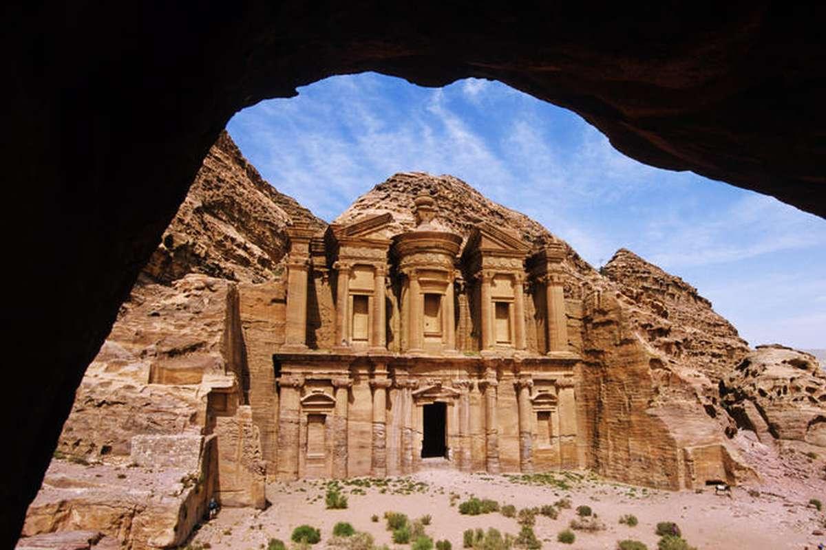 Валюта иордании : денежная единица иордании – иорданский динар