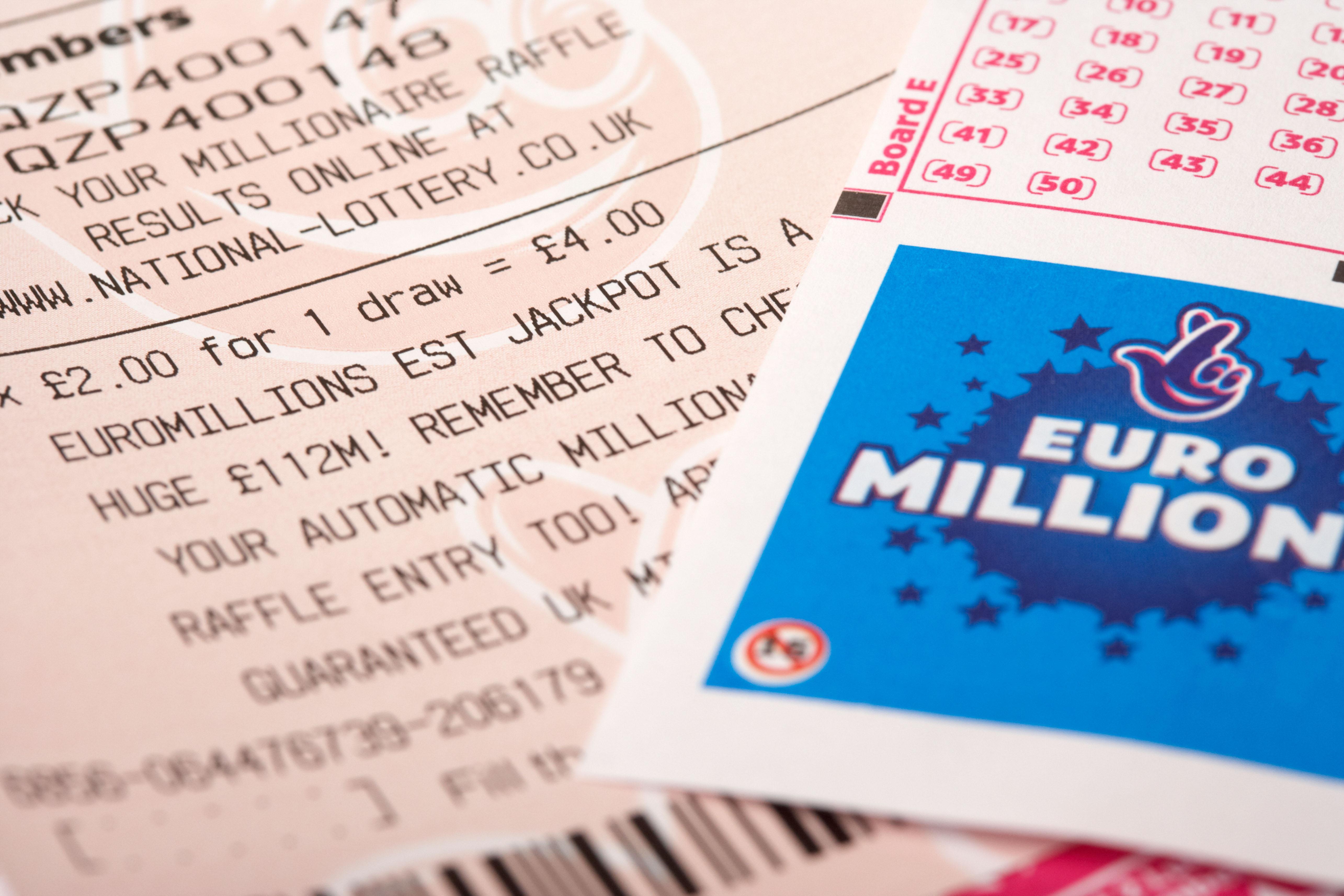 كيفية المطالبة بأرباح يانصيب EuroMillions