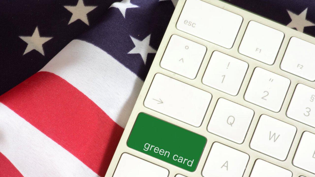 Как происходит розыгрыш green card