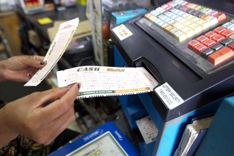 По-крупному в лотереи выигрывают лишь путешественники во времени