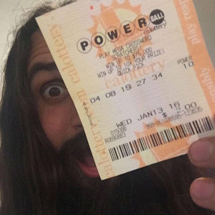 Каковы шансы выиграть две американские лотереи megamillions и powerball одновременно?
